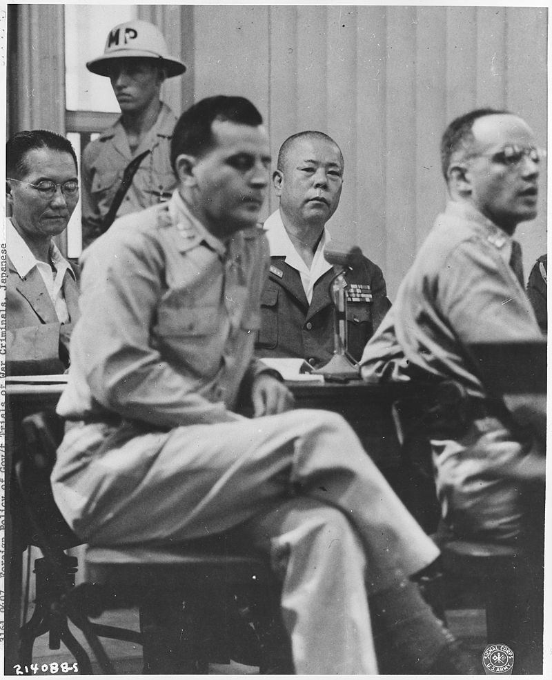 山下奉文 浜本正勝 Japanese_War_Crimes_Trials._Manila_-_NARA_-_292613