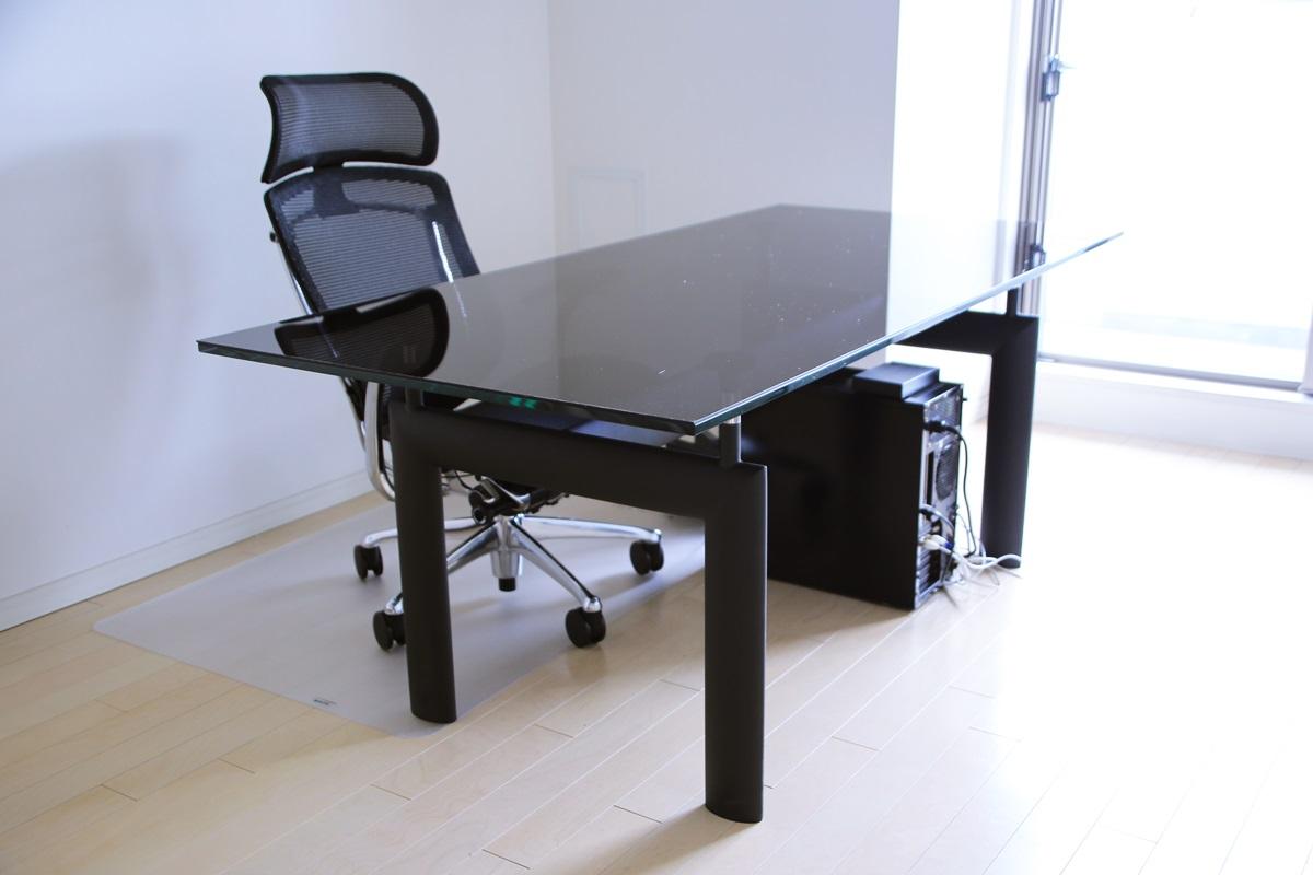 ル・コルビュジエ LC6 ダイニングガラステーブル Le Corbusier_LC6_glass_table (4)