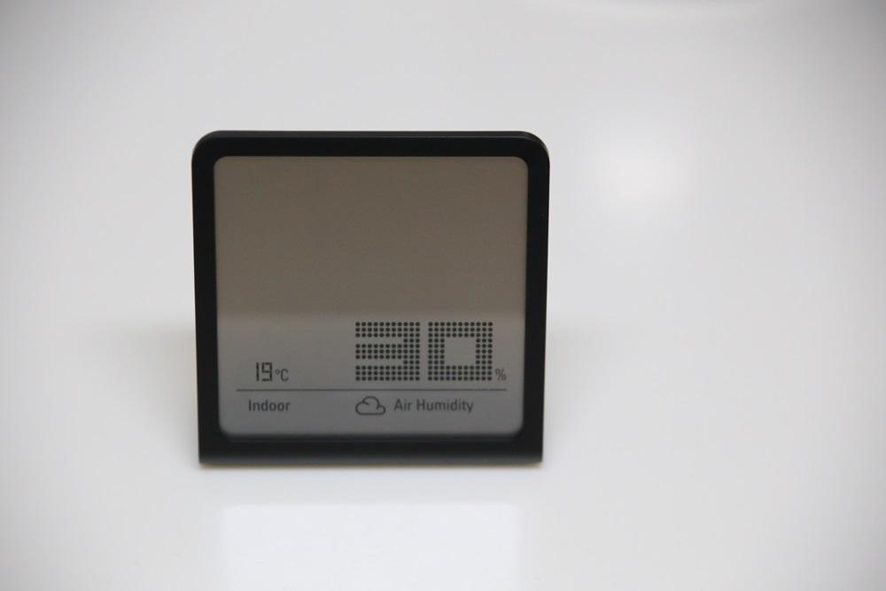 スタドラフォーム スイス ハイグロ メーター セリナ シンプル コンパクト ミニ スタイリッシュ スリム 置き デジタル ハイグロメーター 湿度計 Stadler Form Selina (1)