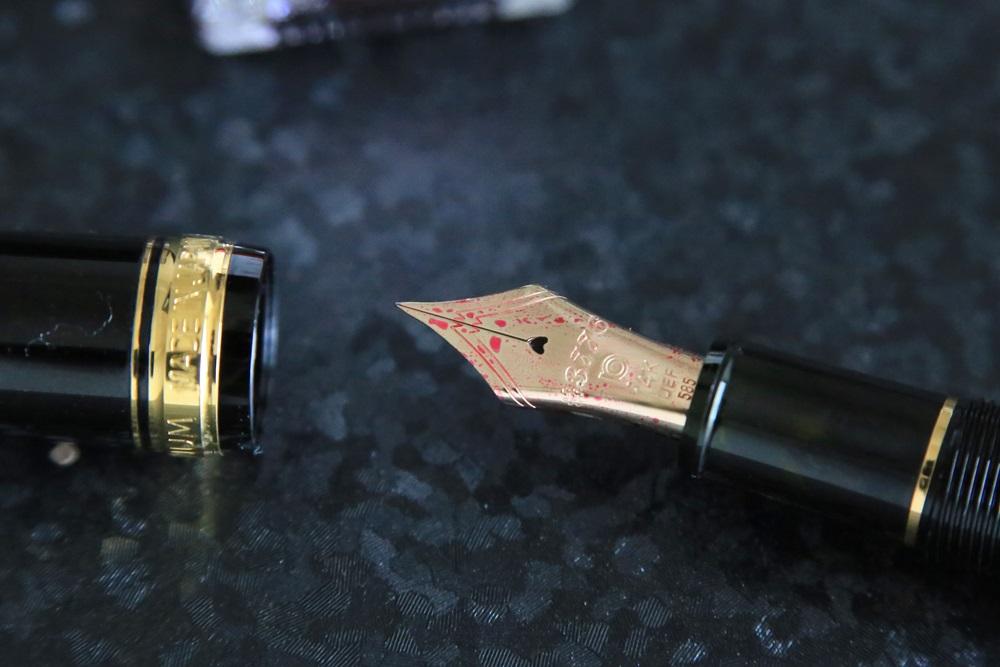 プラチナ万年筆 #3776 センチュリー ブラック 超極細字(UEF) PNB-10000#1-9 ハートマーク platinum-pen (5)