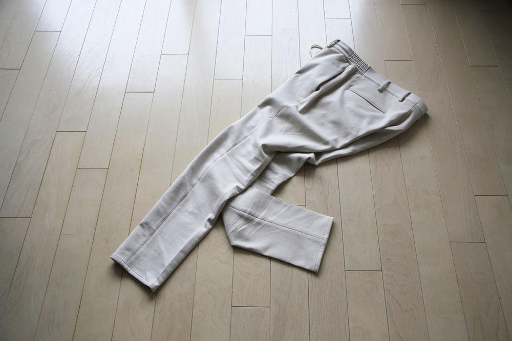 君はgiab's ARCHIVIOのスウェットパンツをもう穿いたかい。