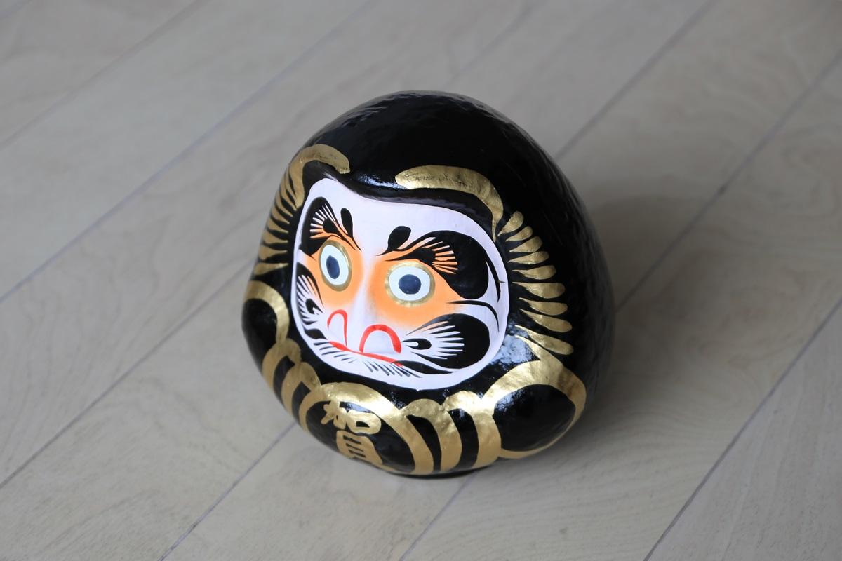 黒ダルマ発祥の社、賀蘇山神社 kurodaruma