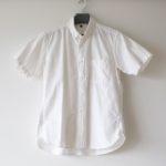孤高の嗜好品 第28弾:無印のオックスの白い半袖シャツ。