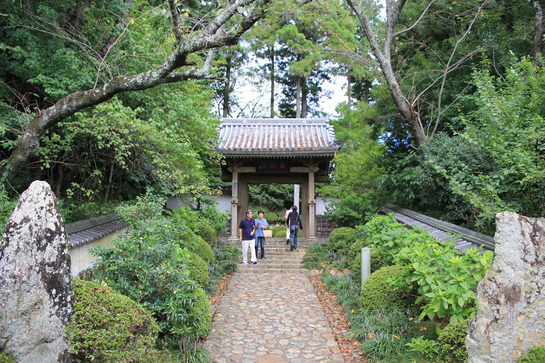 山門 yotanji おんな城主直虎所縁の龍潭寺