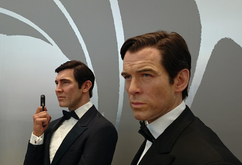 歴代ジェームス・ボンド マダムタッソー バーニーズニューヨーク 007_madametussauds_BARNEYS NEW YORK
