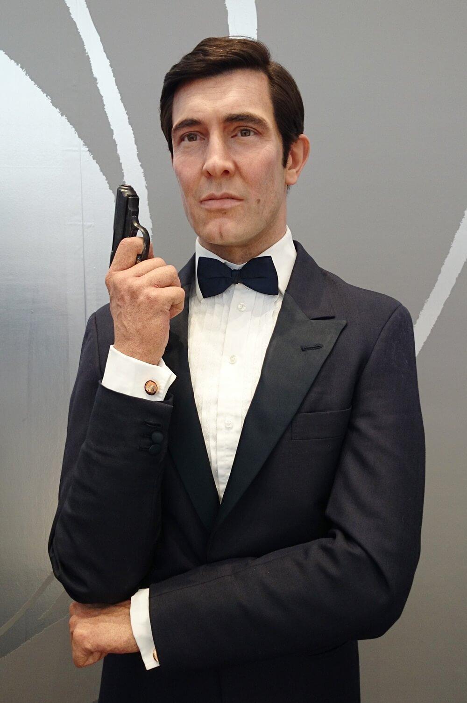 2代目:ジョージ・レーゼンビー(George Lazenby) 歴代ジェームス・ボンド マダムタッソー バーニーズニューヨーク 007_madametussauds_BARNEYS NEW YORK