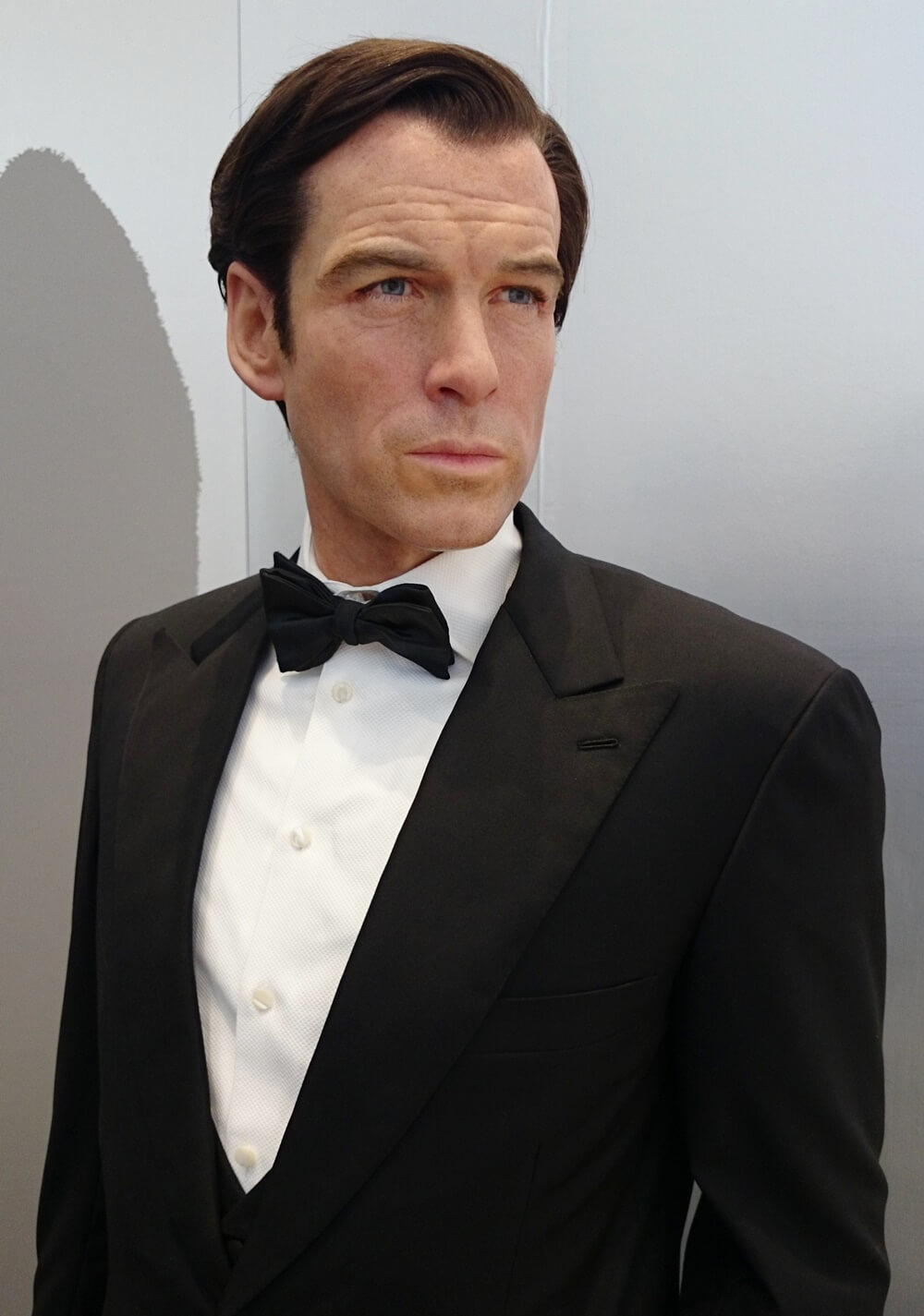 5代目:ピアース・ブロスナン(Pierce Brosnan)歴代ジェームス・ボンド マダムタッソー バーニーズニューヨーク 007_madametussauds_BARNEYS NEW YORK