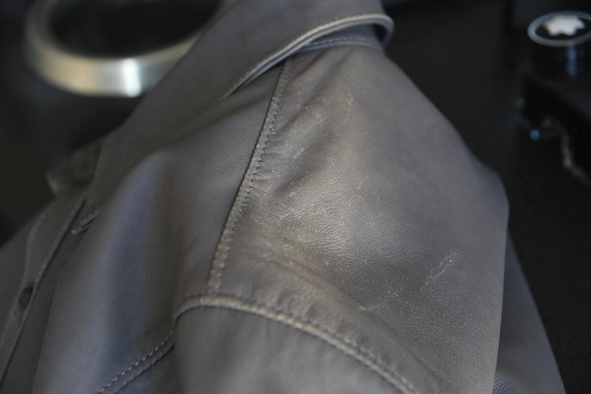 リップ・ヴァン・ウィンクルのレザーシャツ サフィール 補色 ripvanwinkle_saphir (1)