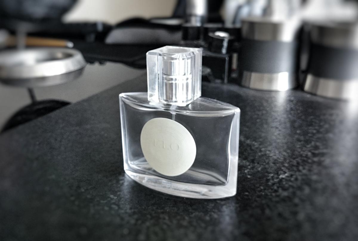 AKMの香水