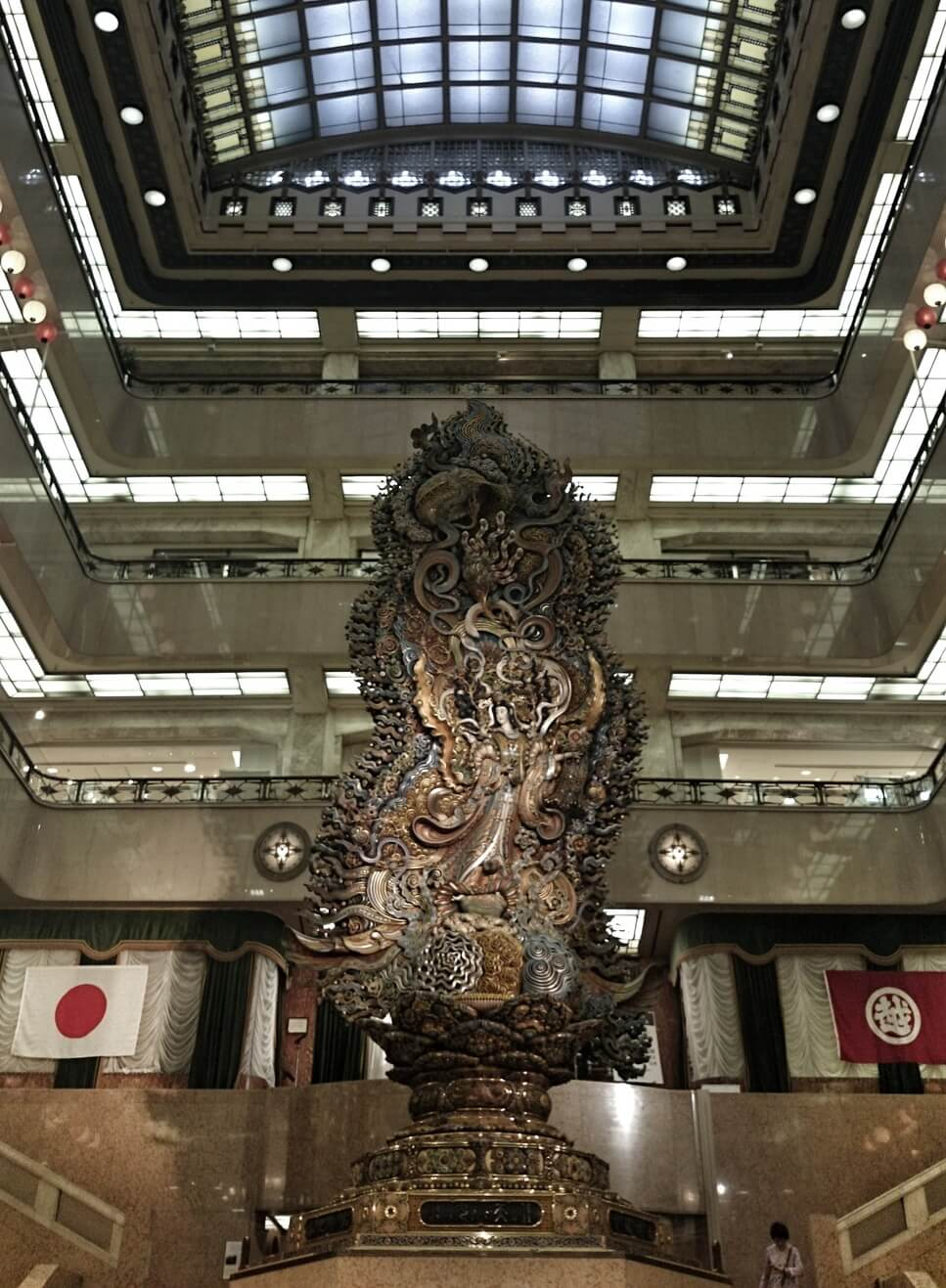 日本橋三越 天女像 まごころ像