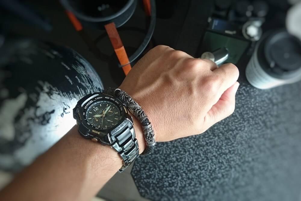 ソカロ 腕輪 ブレスレット