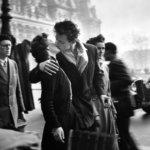 世界一有名なもう1枚のキスの写真。