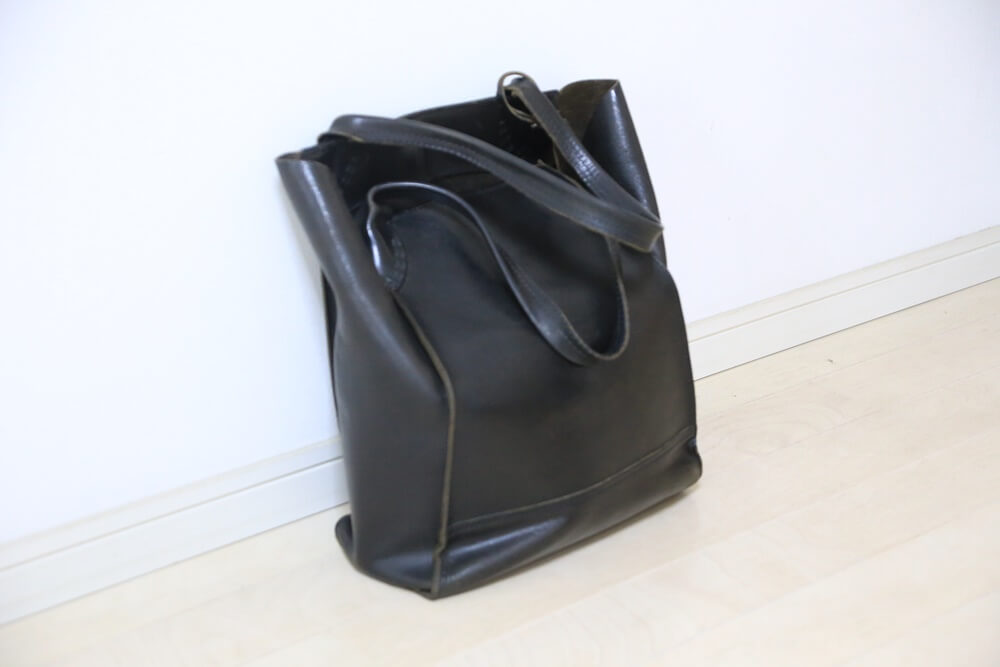 金子薫トートバッグ