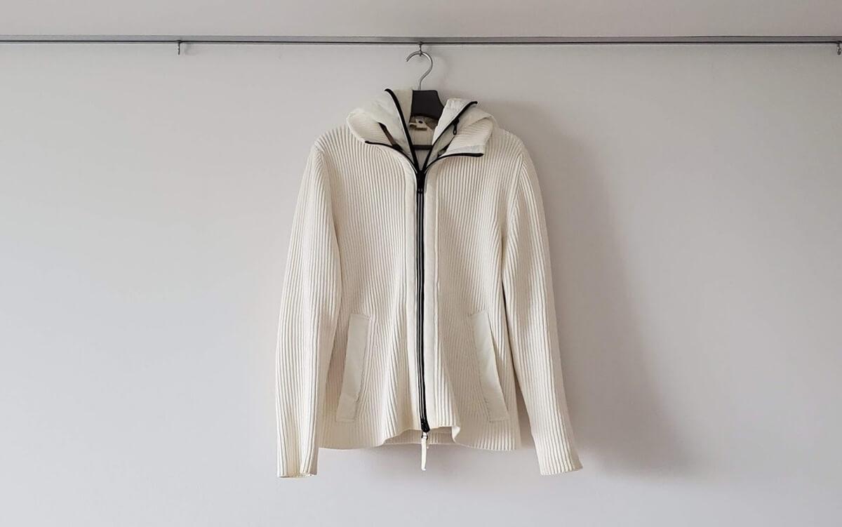 白ニットジャケット