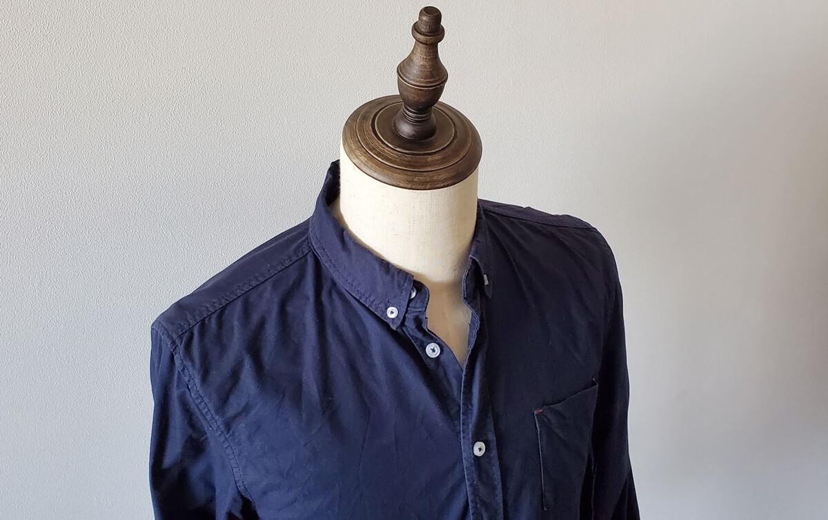 ネイビーボタンダウンシャツ