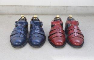 赤 靴 。