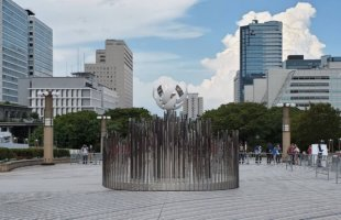 2020東京五輪聖火台 有明 シンボルプロムナード公園